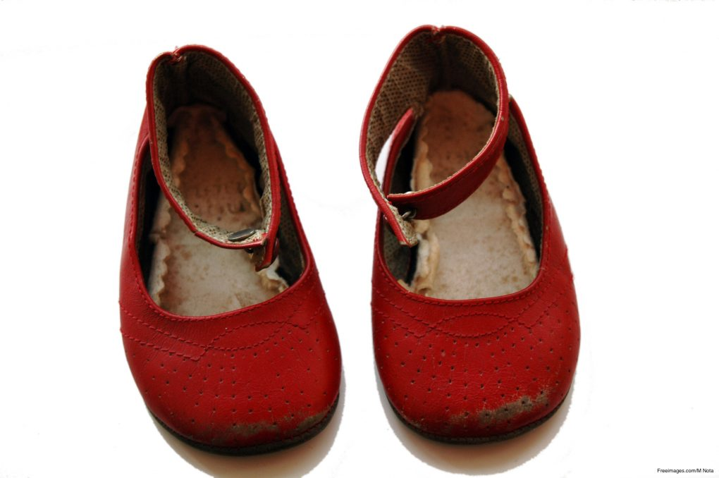 Red Shoes - Leaders - Positive Accountants 'Unlocked'